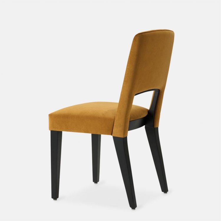 ghost_chair_01_tqr_1280x1280_def-min