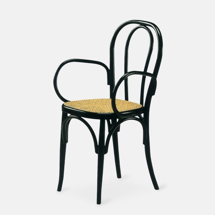prague_501 P armchair_01_tq_HR