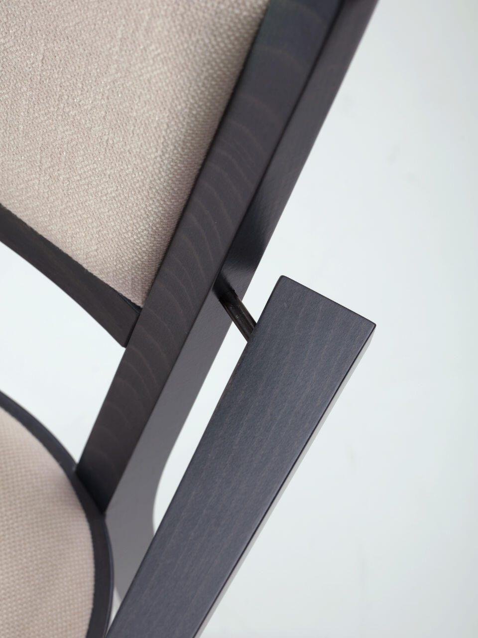 restaura_120 M armchair_01_dett 3_HR
